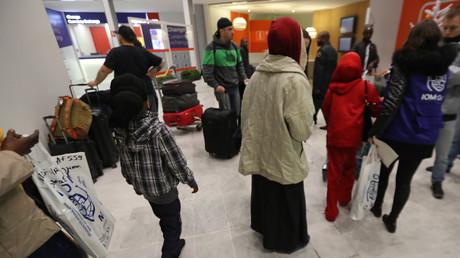 Réfugiés soudanais à l'aéroport Charles de Gaule