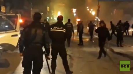 Des heurts ont eu lieu dans plusieurs villes tunisiennes le 8 janvier au soir