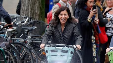 Au mois d'octobre, le maire de Paris semblait pourtant apprécier sa nouvelle monture
