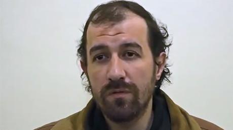 Thomas Barnouin lors de son interrogatoire par les YPG.