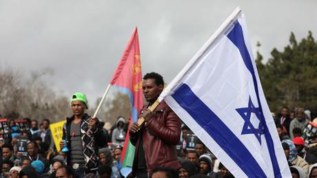 Israël : «paie appropriée» et bonus de 7 200 euros pour aider à expulser les migrants