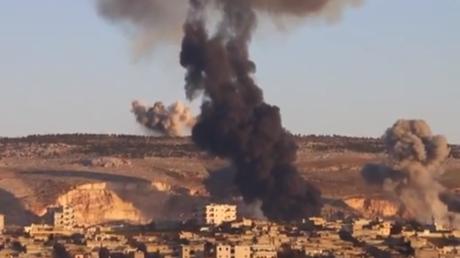 Afrin sous les bombes des avions de combat turcs, le 20 janvier.