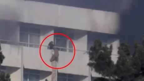 Kaboul : l'incroyable fuite de clients de l'hôtel Intercontinental durant l'assaut des Taliban