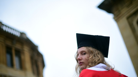 L'université d'Oxford offre 15 minutes supplémentaires aux examens pour favoriser les étudiantes
