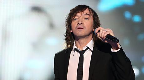 Le chanteur Cali au Telethon en 2012