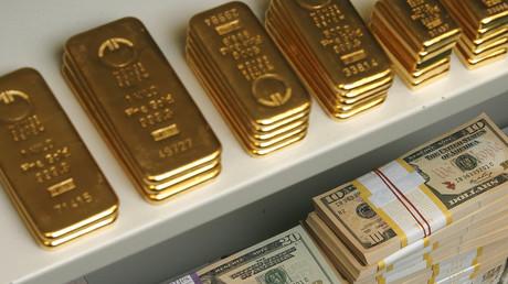 La baisse spectaculaire du dollar américain profite à l'or