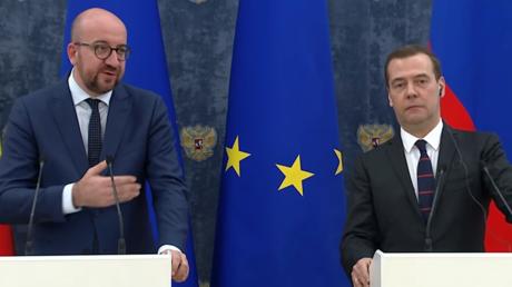 Le Premier ministre belge, Charles Michel et son homologue russe Dimitri Medvedev.