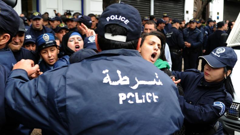 """Résultat de recherche d'images pour """"algerie manifestation"""""""