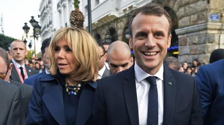 Hasard ou coup de com' bien huilé ? L'échange entre une passante et Emmanuel Macron interroge