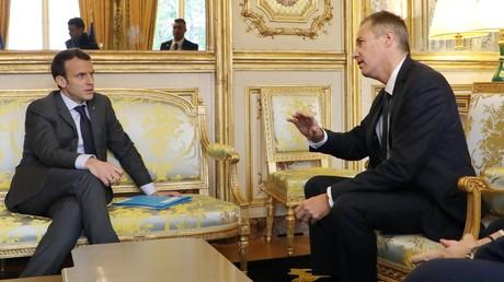 Comparant Macron à un produit «avarié», Dupont-Aignan refuse la suppression de fonctionnaires