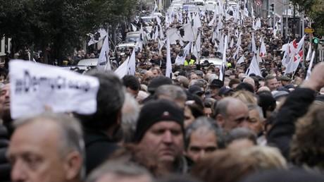 A l'appel des nationalistes, la manifestation à Ajaccio du 3 février a réuni entre 6 000 (préfecture) et 25 000 personnes (organisateurs)