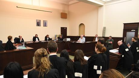 La juge Marie-France Keutgen pendant l'ouverture du procès du suspect n°1 des attentats du 13 novembre à Paris au Palais de Justice de Bruxelles le 5 février 2018.