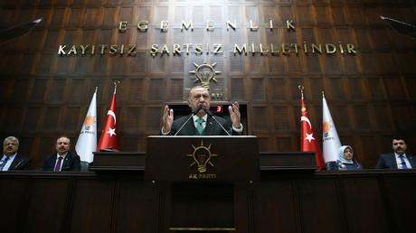 «Allez, partez !» : Erdogan monte encore d'un ton et exige le départ des Etats-Unis du Nord syrien