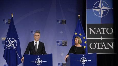 Les USA poussent les Européens à augmenter leurs budgets militaires et à ne pas concurrencer l'OTAN