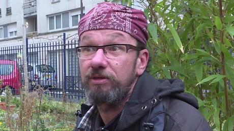 Christian Page, le sans-abri le plus médiatique de France, défie les politiques (REPORTAGE)