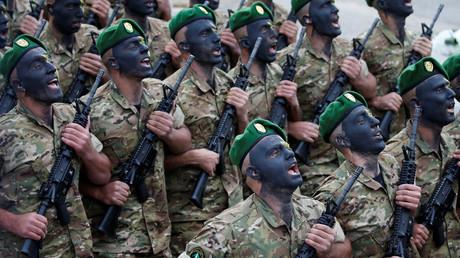 L'armée libanaise défile, illustration