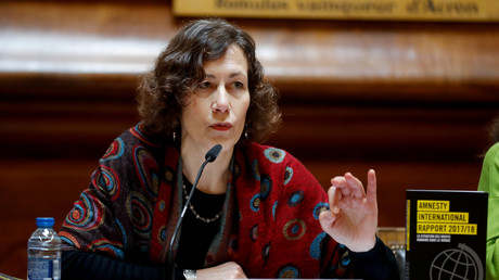 «On est encore loin de la France exemplaire», estime la directrice du pôle action d'Amnesty International France Catherine Gaudard lors d'une conférence de presse, le 21 février 2018