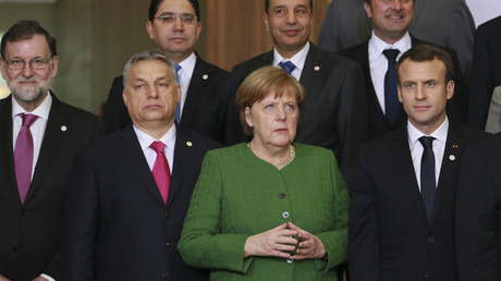 Viktor Orban, Angela Merkel et Emmanuel Macron à Bruxelles le 23 février 2018