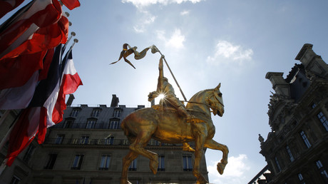 Illustration : une statue de Jeanne d'Arc