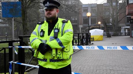 Important déploiement de police à Salisbury après la découverte d'un ancien agent russe et de sa fille dans un état critique