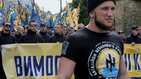 Présidentielle russe : les ultranationalistes jurent d'empêcher la tenue du scrutin en Ukraine