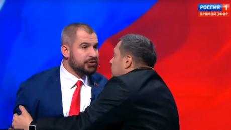 Bataille de communistes, larmes et insultes : le pire des débats de la présidentielle russe (VIDEOS)