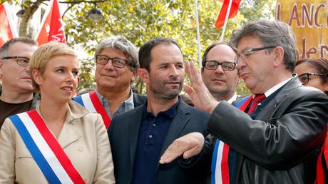 Hamon appelle Mélenchon à abandonner sa «stratégie solitaire» tout en soulignant leurs différences