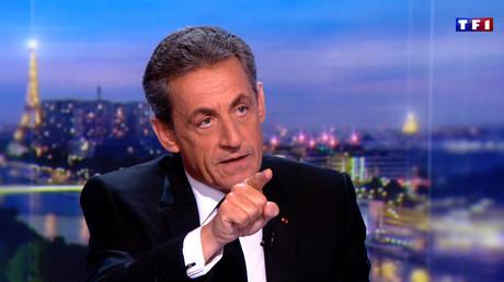 «Hé, mais vous fumez monsieur !» : la défense de Sarkozy ravit les réseaux