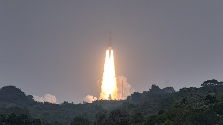 Ariane 5 décolle de la base de Kourou en Guyane française le 12 décembre 2017, emportant quatre satellites pour Galileo, le système de navigation européen (illustration).