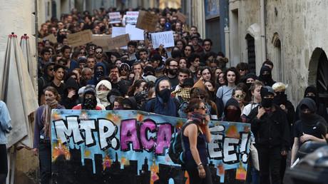 Le 28 mars, près de 200 manifestants à Montpellier ont protesté contre les violences commises à la faculté de droit la semaine dernière