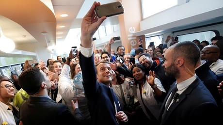 Macron annonce un fonds public de 1,5 milliard d'euros pour développer l'intelligence artificielle