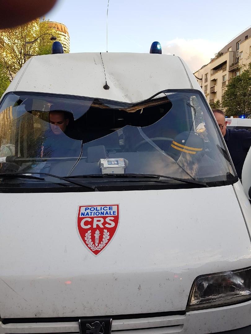 Evacuation de Tolbiac : les policiers dénoncent une «tentative de meurtre» (PHOTOS)
