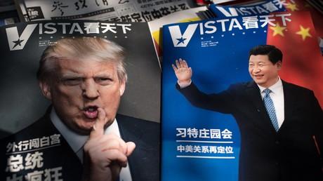 Les dirigeants américain Donald Trump et chinois Xi Jinping en couverture de magazines (illustration)