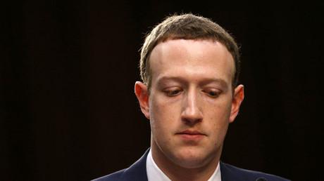 La patron de Facebook Mark Zuckerberg lors de son audition devant le Congrès, le 10 avril