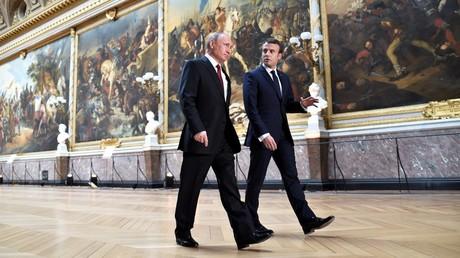 Macron veut plus de «dialogue» avec la Russie, Poutine tempère : «Pas d'acte irrréfléchi» en Syrie