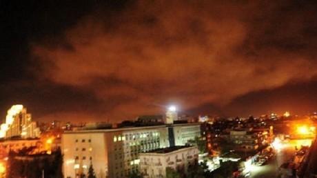 Comment le monde réagit-il aux frappes occidentales sur la Syrie ?