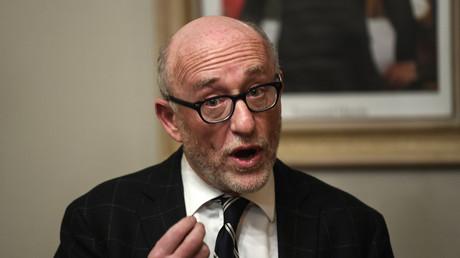 Alain Jakubowicz s'exprime en conférence de presse à Pont-de-Beauvoisin à propos de son client Nordahl Lelandais, février 2018, illustration