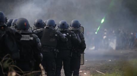 Illustration : des policiers déployés à Notre-Dame-des-Landes