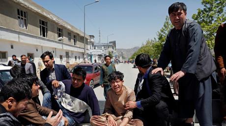 Des proches des victimes de l'attentat à Kaboul