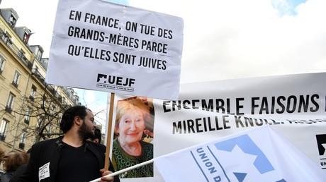 Marche contre l'antisémitisme à la mémoire de Mireille Knoll le 28 mars, l'octogénaire juive assassinée à Paris.