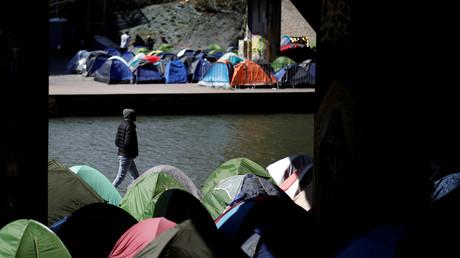 Les tentes du Canal Saint-Denis à Paris