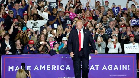 Trump snobe le dîner des correspondants de la Maison Blanche, ces «gauchistes des fake news»