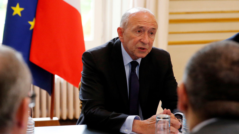 Absences, approximations, bourdes : Gérard Collomb, un ministre sur la sellette ?