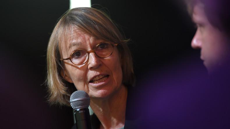 Fake News : selon  Françoise Nyssen, les Français sont des crétins à rééduquer