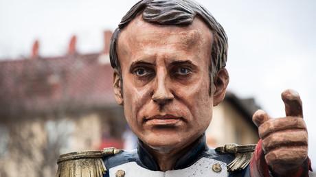 Effigie de Macron lors du carnaval de Mayence