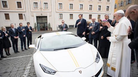 La Lamborghini du Pape