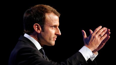 Emmanuel Macron durant un discours lors du congrès des maires le 23 novembre 2017