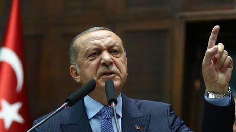 Erdogan ne fait pas de différence entre Daesh et les signataires du manifeste contre l'antisémitisme
