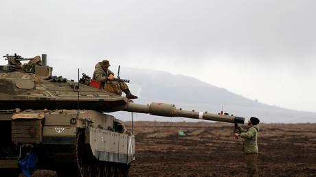 Illustration : un char israélien dans le Goland occupé