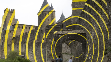 «Saccage» : à Carcassonne, une oeuvre d'art contemporain crée la polémique